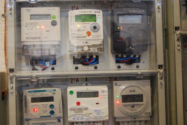 Electricidad, contadores de luz