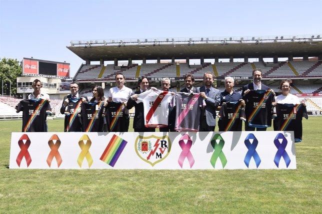 Presentación de las nuevas equipaciones del Rayo Vallecano