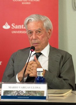 Mario Vargas Llosa conferencia en la UCM