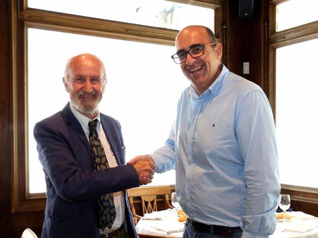 Firma del convenio entre la Academia Aragonesa de Gastronomía y HORECA.