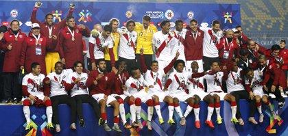 Perú repite el tercer puesto tras derrotar a Paraguay
