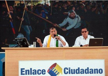 Rafael Correa muestra imágenes de violencia durante la manifestación de la oposición