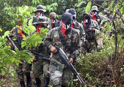 El ELN reitera su voluntad de dejar las armas e iniciar conversaciones de paz