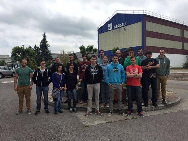 Visita de los alumnos de la UC a Gerdau