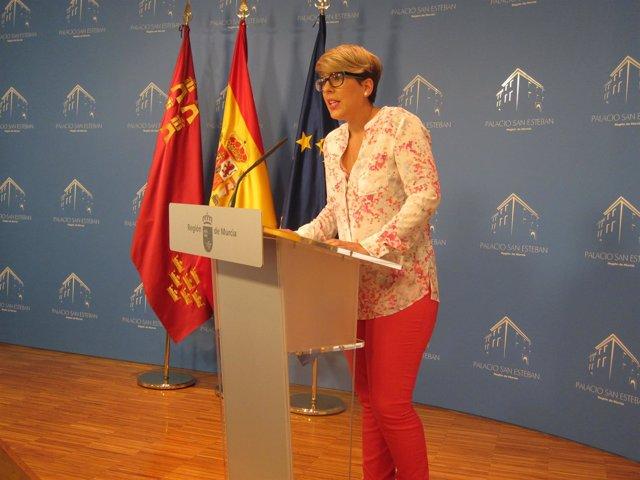 Noelia Arroyo, portavoz del Ejecutivo regional en su priemra comparecencia