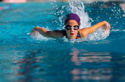 Los beneficios de la natación infantil