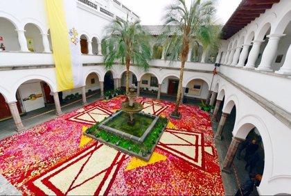 Más de 120.000 rosas ecuatorianas en honor al Papa Francisco