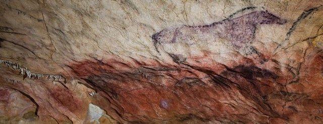 Cueva Tito Bustillo