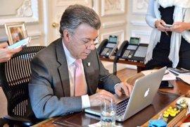 Santos se compromete a acelerar el diálogo de paz para lograr una tregua defintiva