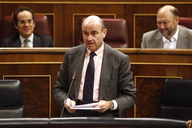 Luis de Guindos en el Congreso