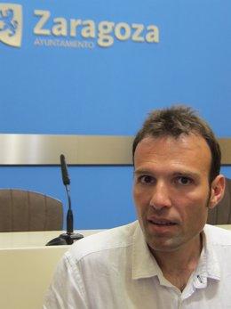 El portavoz del grupo municipal de ZEC, Pablo Muñoz