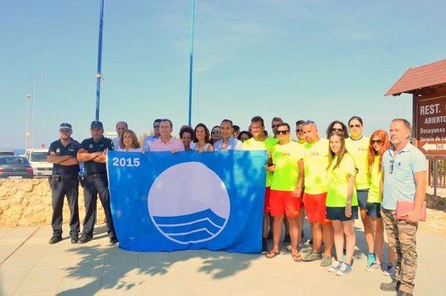 Izada de la bandera azul en Punta Umbría (Huelva).