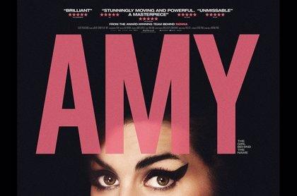 Vídeo: Amy Winehouse canta Back to Black a capela