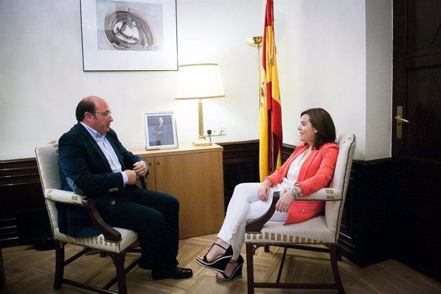 El presidente Pedro Antonio Sánchez con la  vicepresidenta del Gobierno