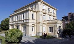 Villa Iris, Una De Las Sedes De La Fundación Botín