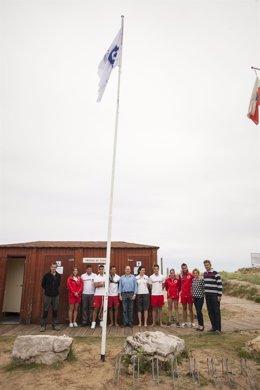 Bandera Q de calidad en la playa de Merón