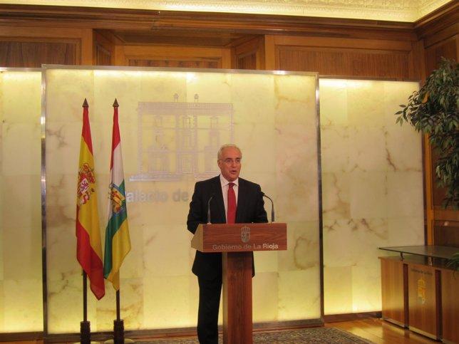 Ceniceros anuncia la composición de su Gobierno