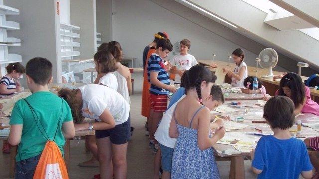 Niños que han participado en uno de los talleres