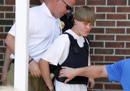 El asesino de Charleston pudo comprar su arma por fallo en la verificación de antecedentes