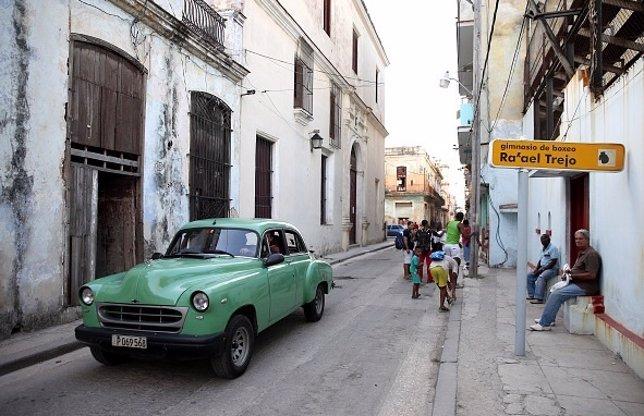 Cubanos en La Habana