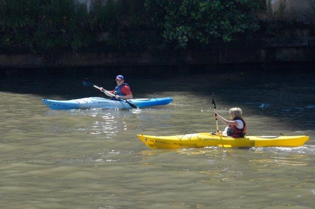 Practicando deporte en kayak