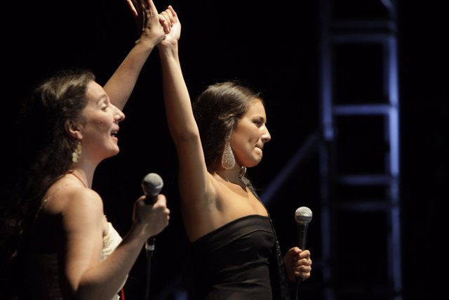 Dulce Pontes y Celia Romero en el festival Badasom de Badajoz