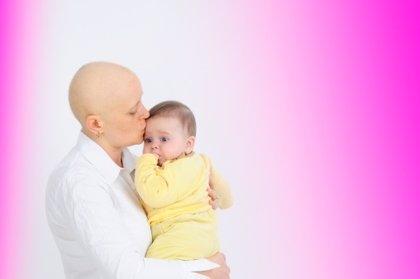 Alertan de trabas en EEUU para adoptar tras sufrir un cáncer