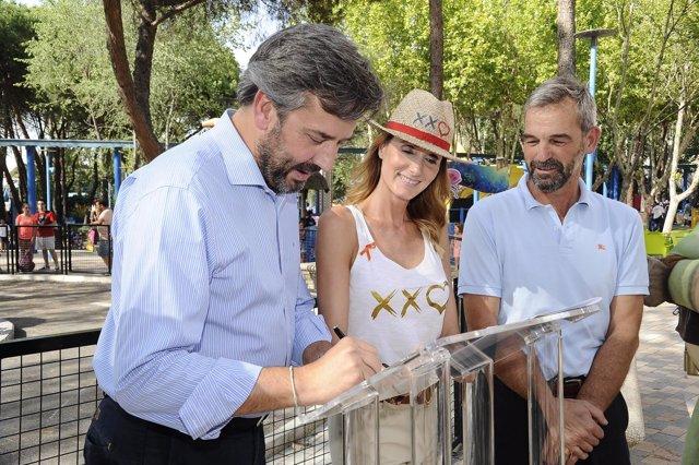 Sandra Ibarra y Enrique Pérez