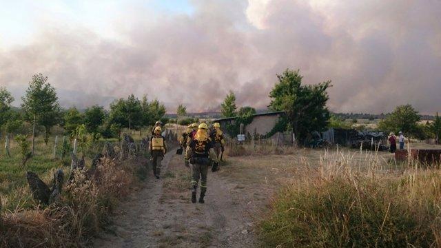 Voluntarios de la Brif de Tabuyo en el incendio de Quintana