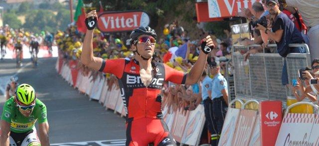 Van Avermaet bate a Sagan en el Tour