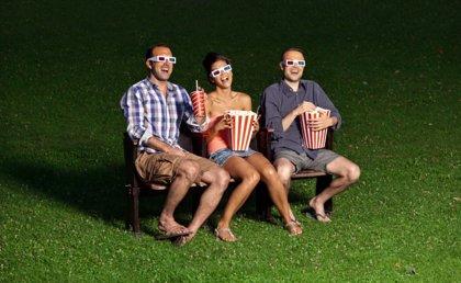 Cinco razones para ir a un cine de verano con los niños