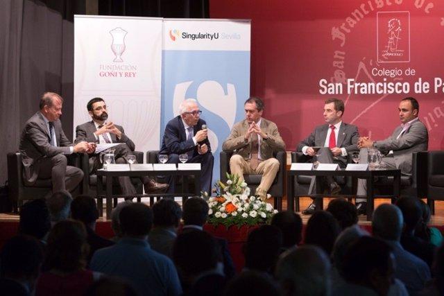 Espadas en un acto de smart cities
