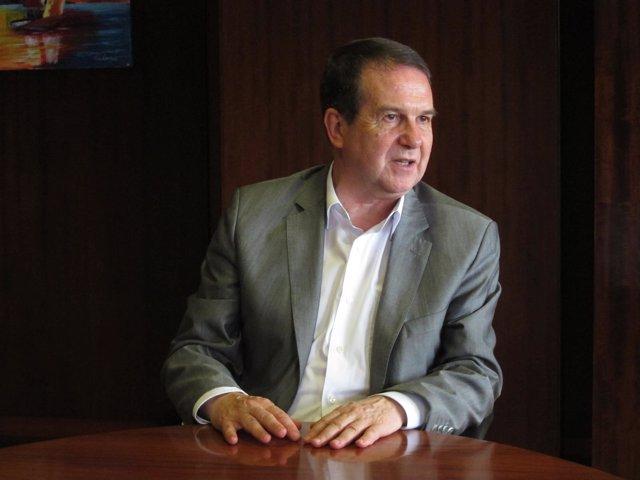 Abel Caballero, durante una entrevista con Europa Press