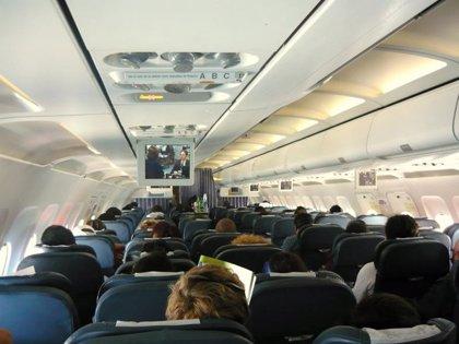 Cuanto más dura el viaje, más riesgo de sufrir el síndrome de la clase turista