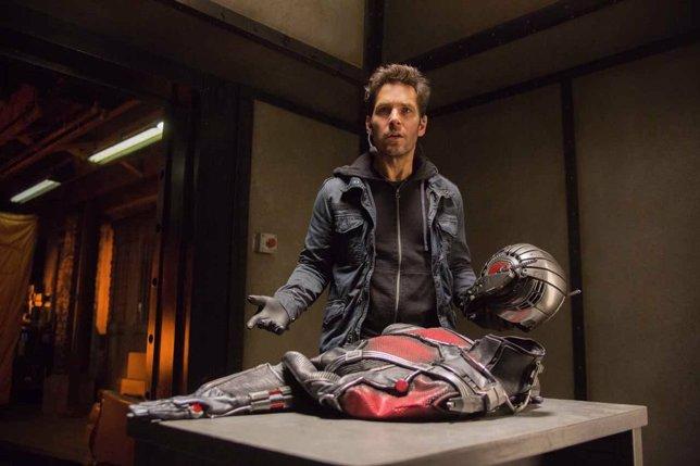 Ant-Man (Paul Rudd) en Ant-Man