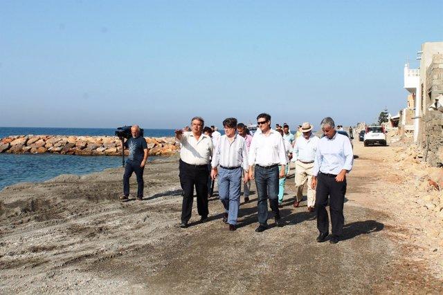 Visita a las obras de emergencia en el litoral de Adra