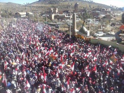 Miles de personas salen a la calle en Potosí para reclamar más derechos sociales