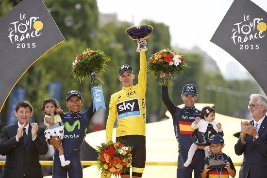 Froome celebra su segundo Tour y Valverde su ansiado podio