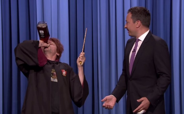 Parodia de Simon Pegg haciendo de Ron Weasley borracho con Jimmy Fallon