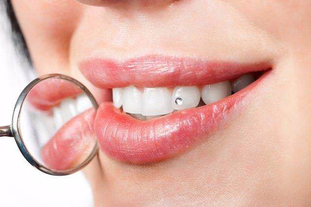 Tatuajes Y Otras Decoraciones Dentales
