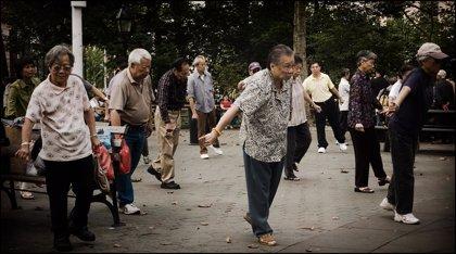 Hacer ejercicio, aunque sea poco, reduce el riesgo de muerte en personas mayores