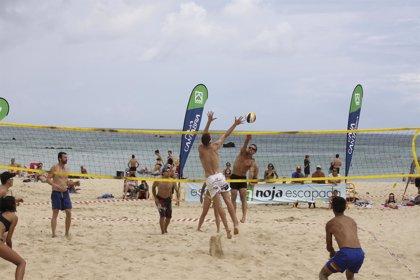 Los beneficios de practicar deporte en la playa