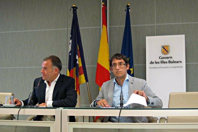 Iago Neguerela y Llorenç Pou en rueda de prensa