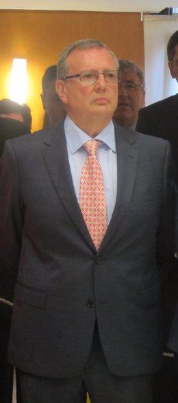 Francisco Busto.