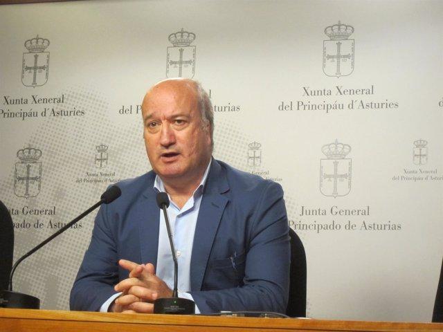 Luis Venta, diputado del PP en la Junta General