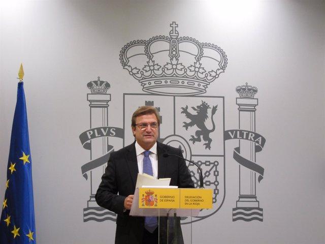 El delegado del Gobierno, Alberto Bretón, informa PGE 2016 para La Rioja