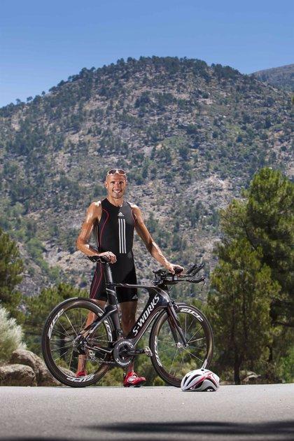 El atleta Chema Martínez y otras 8 personas recorrerán 700 km por la enfermedad del Chagas