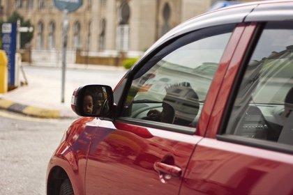 El calor dentro de los vehículos puede ser más peligroso que el que hace en las calles