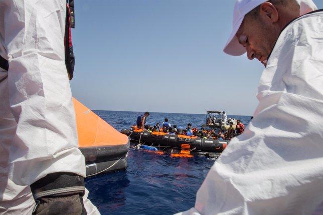 Supervivientes del pesquero hundido son rescatados por embarcaciones irlandesas