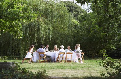 Todos juntos en verano: ocho consejos para unas vacaciones intergeneracionales